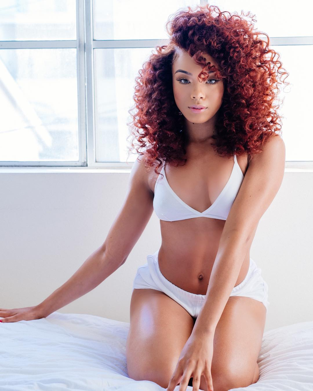 NeeAndra Brooks is a model that appeared in Jacquees ft Trey Songz Inside
