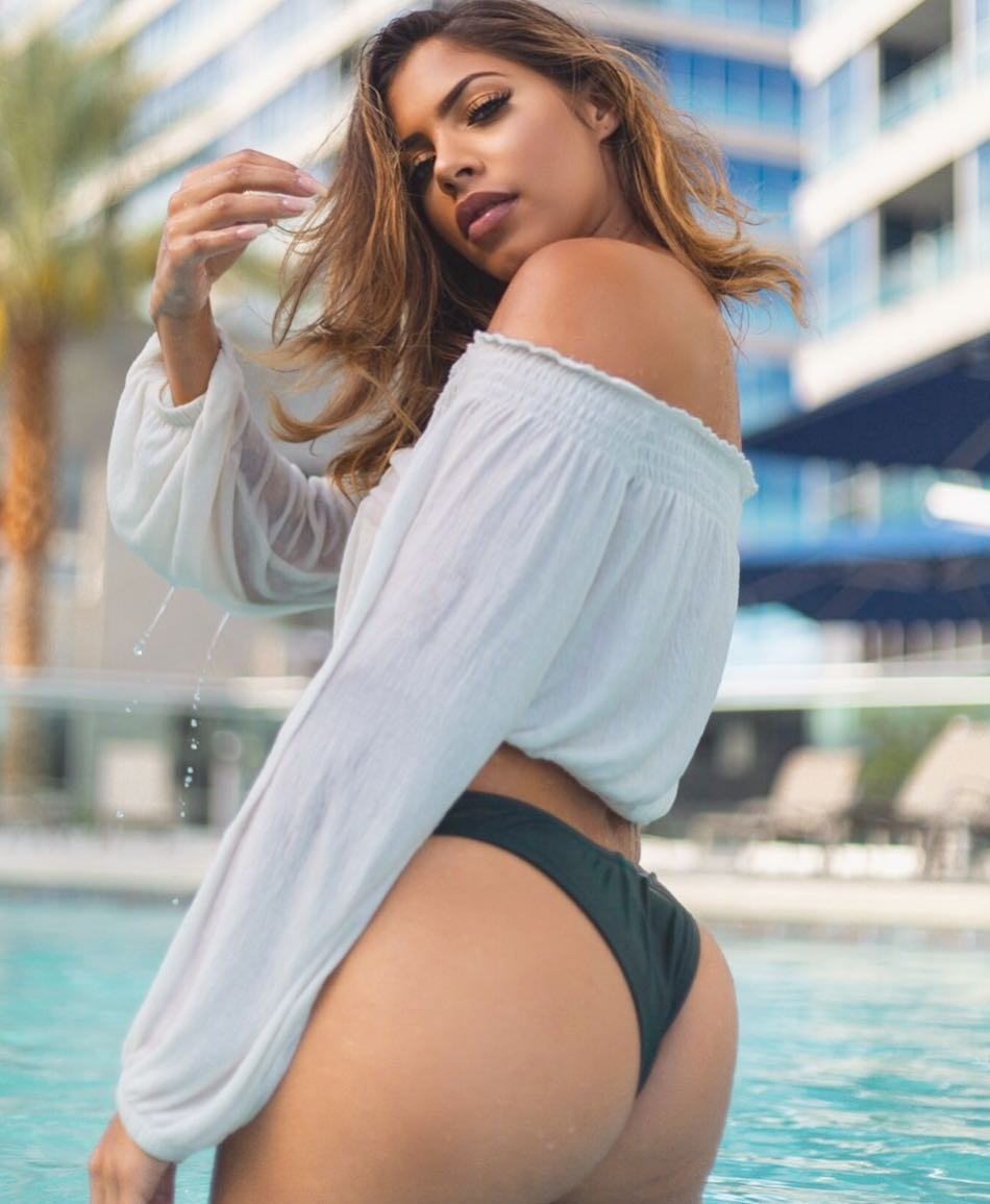 Elexsis Legrand is a model that appeared in JBalvin Ahora