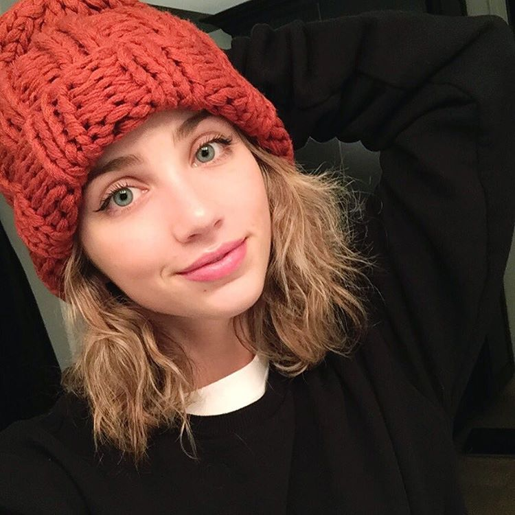 Emily Rudd is a model that appeared in DJ Snake ft Justin Bieber Let Me Love You