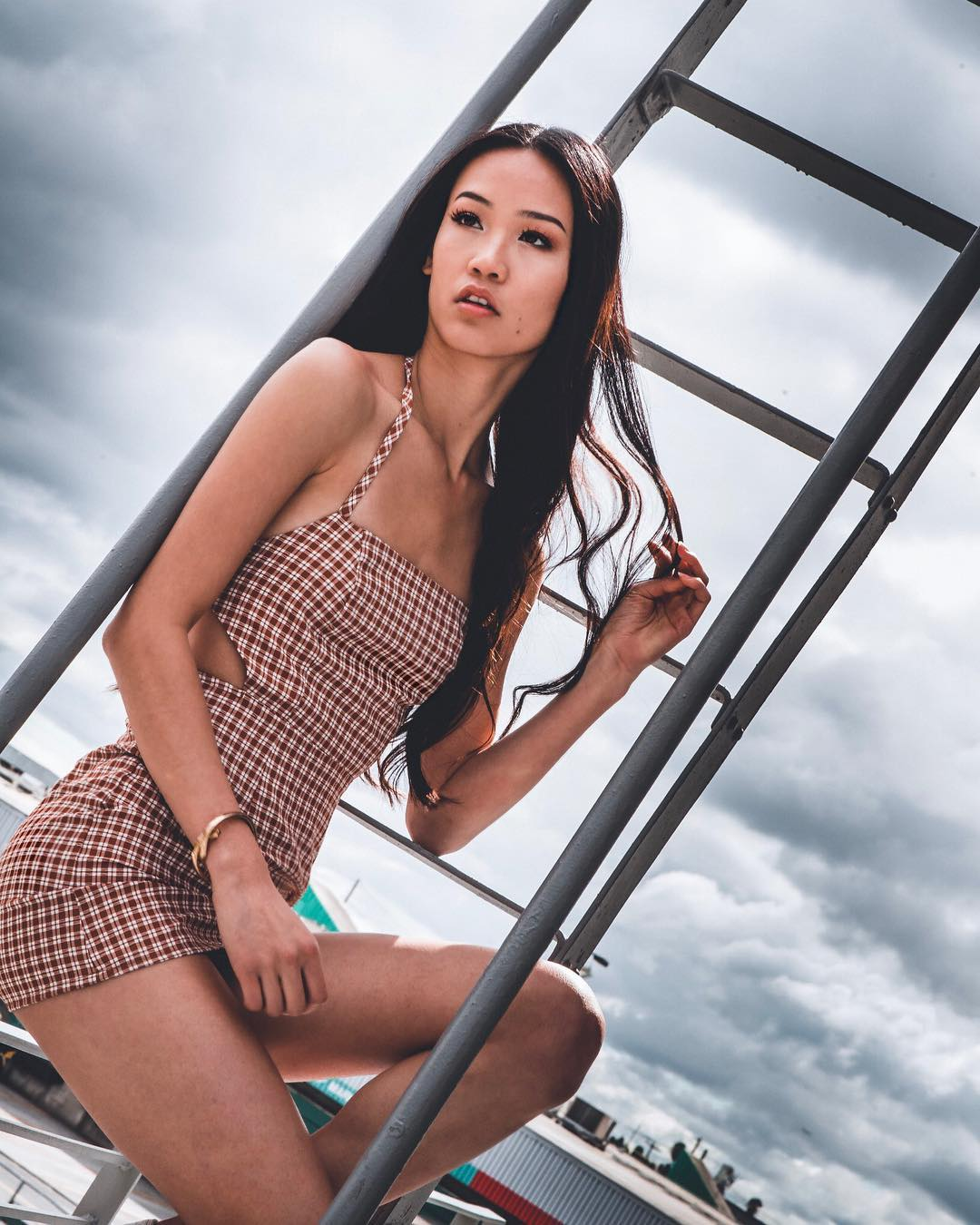 Aileen Chiu is a model that appeared in Lil Mosey Greet Her