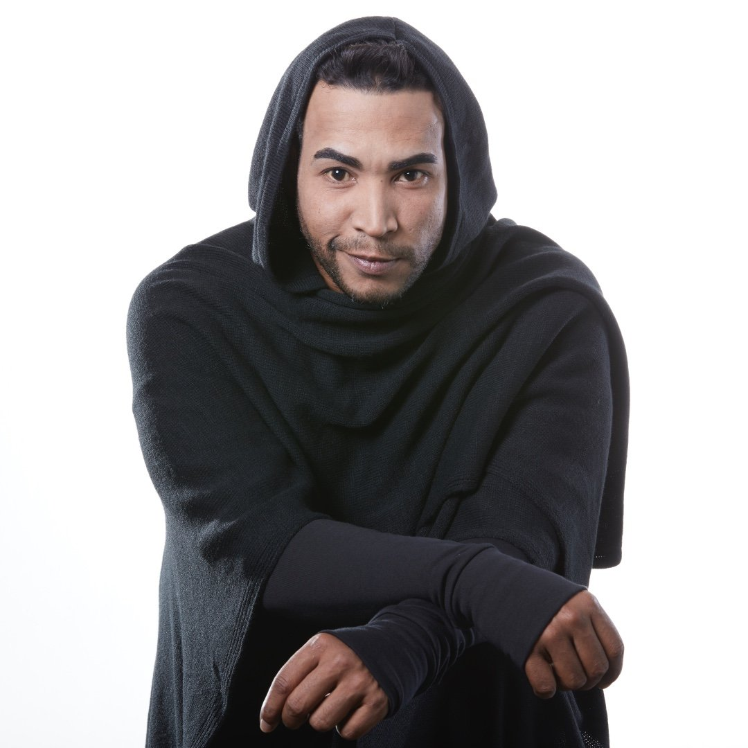 Don Omar is a model that appeared in Don Omar Zion and Lennox Te Quiero Pa Mi