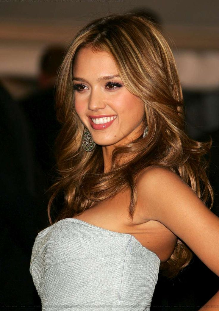 Jessica Alba is a model that appeared in Taylor Swift Bad Blood
