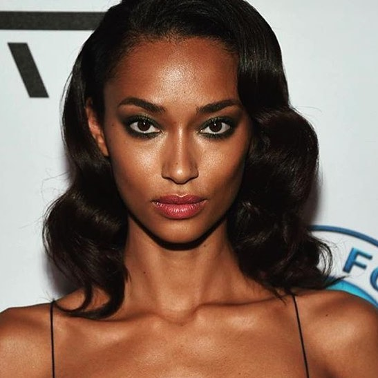 Anais Mali is a model that appeared in The Weeknd Mania