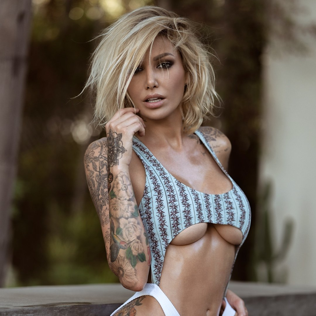 Tina Louise is a model that appeared in G Eazy ft Marc E Bassy Some Kind Of Drug