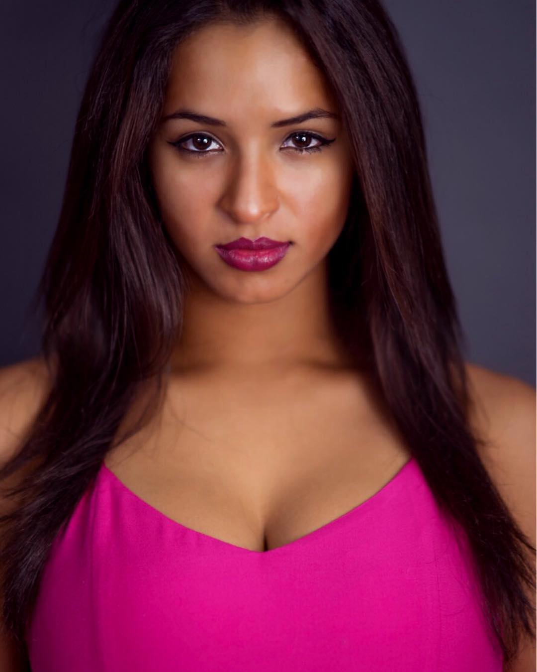 Fabiana Victoria is a model that appeared in Jason Derulo ft French Montana Tip Toe Lyric Video
