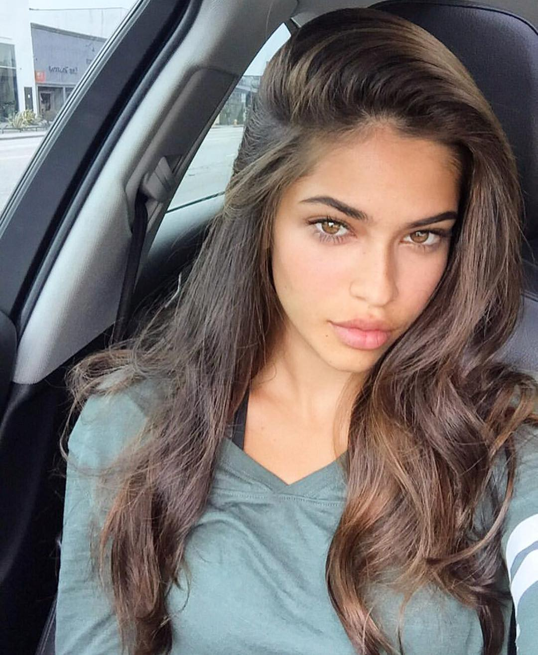 Juliana Herz is a model that appeared in Tyga Temperature