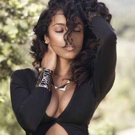 Johanie Taylor is a model that appeared in The Game ft Jeremih All Eyez